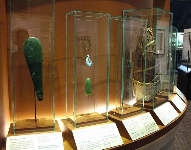 maori-cultural-artifacts
