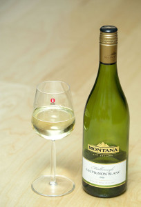 Montana_Marlborough_Sauvignon_blanc_in_Iittala_Glass